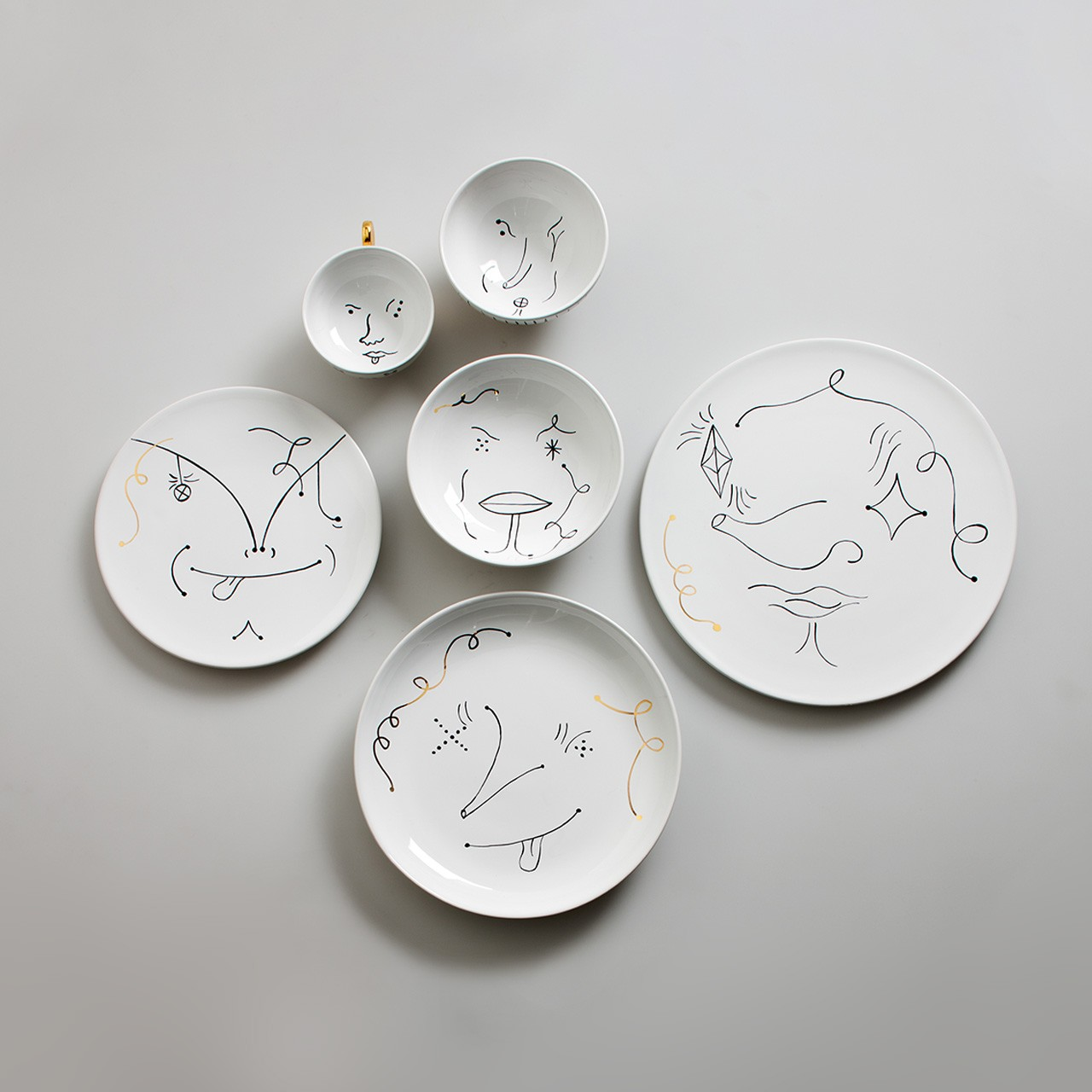 Table Collection Set Piatti